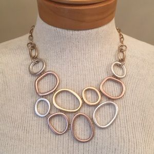 3 Colored Metal Circle Necklace Light Wash Metal